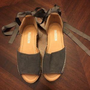 Fashion Sandals 😍